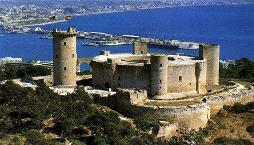 images/stories/mallorca/Castillo (Small).JPG